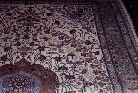 فرش مود و قهستان برند جهانی دارد