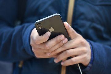 فرانسه خواستار حذف محدودیتهای برند اپل