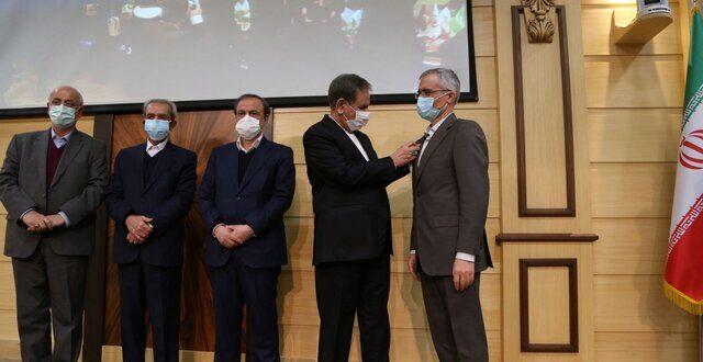 مدال افتخار ملی صادرات به برند ذوب آهن اصفهان