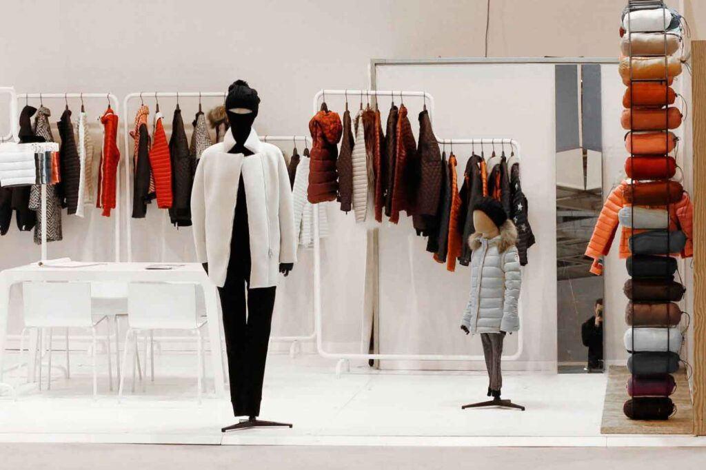چالشهای گذشته تا حال صنعت تولید لباس و پوشاک ایران