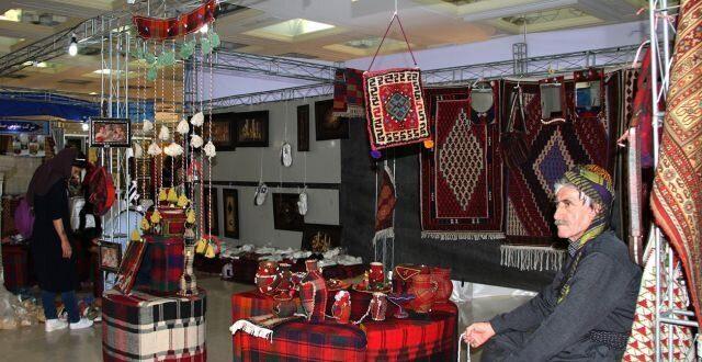 گیوه هورامان و گلیم هرسین و فرش سنقر برندهای صنایع دستی کرمانشاه